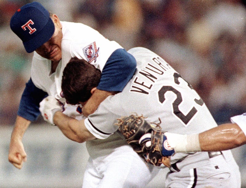 Illustration for article titled 22 Years Ago Today, Nolan Ryan Beat The Shit Out Of Robin Ventura
