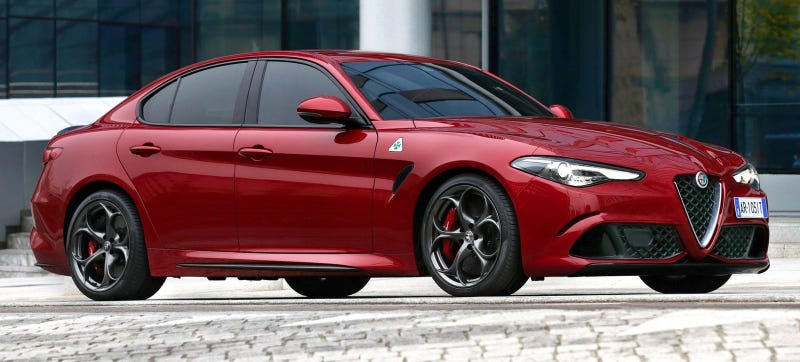 Illustration for article titled The Alfa Romeo Giulia Will Not Get A Manual In America