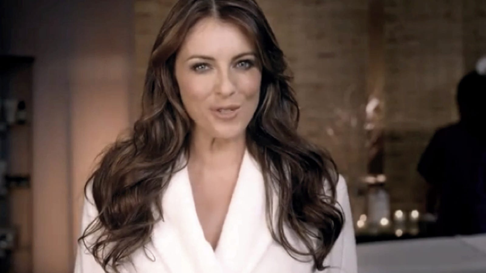 Elizabeth Hurley Hawks Groupon In Brazilian Wax Super Bowl Ad