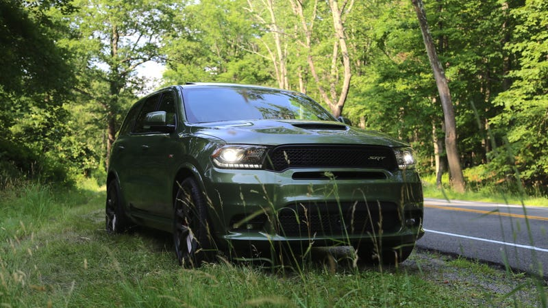 Illustration for article titled What Do You Want to Know About the 475-HP Dodge Durango SRT?