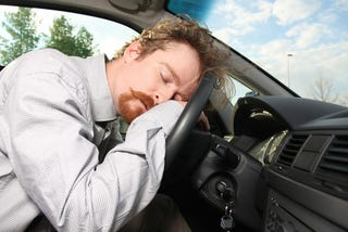 Illustration for article titled Sleepy Drivers Involved In 17% Of Fatal Car Crashes