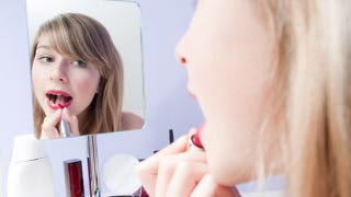 Illustration for article titled School Removes Mirrors, Bans Teen Girls From Wearing Makeup