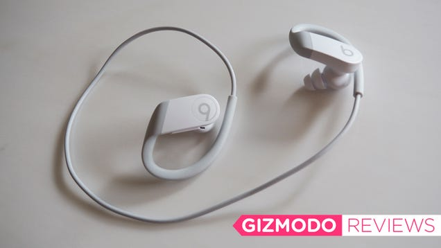 If You Want Earbuds With a Cord, the Powerbeats 4 Are the Ones