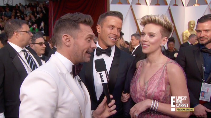 Illustration for article titled Ryan Seacrest Will Host E!'s Oscar's Red Carpet Show, But Celebs May Not Stop to Chat With Him