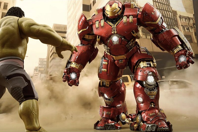 Illustration for article titled The First Official Shots of That Unbelievable Iron Man Hulkbuster Figure