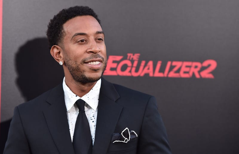 Illustration for article titled Ludacris Has Reportedly Been Buying Strangers' Groceries for Years