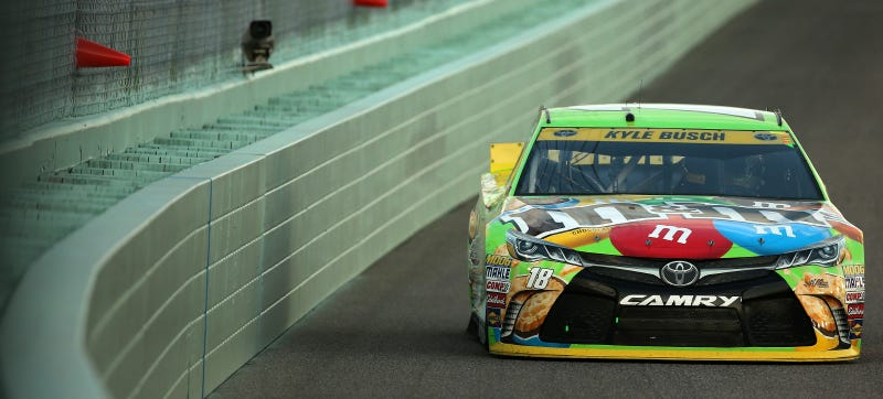 Illustration for article titled Kyle Busch Bounces Back From Missing 11 Races To Take Sprint Cup Championship