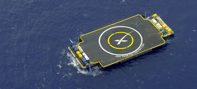 Illustration for article titled SpaceX's Drone ShipIs Ready and Waiting for Today's Landing Attempt