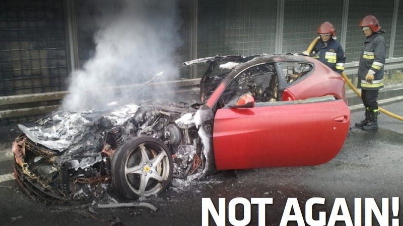 Illustration for article titled Ferrari FF Catches Fire On Polish Freeway