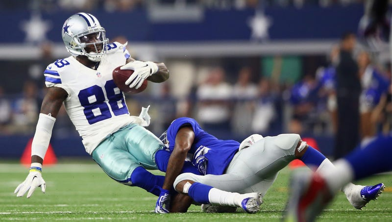 Illustration for article titled Report: Dez Bryant To Be Out Twice As Long As Initially Forecast