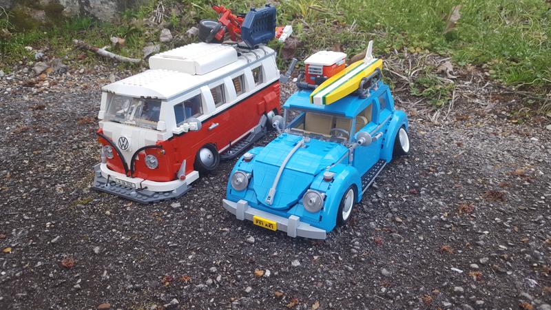 Illustration for article titled Lego VW Beetle set mod