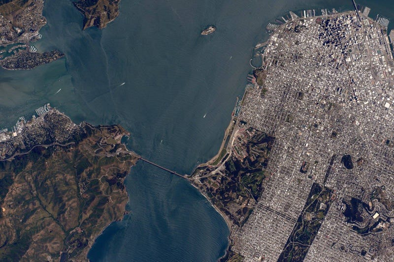 Illustration for article titled This Photo of San Francisco Was Shot Just Minutes Ago From Space