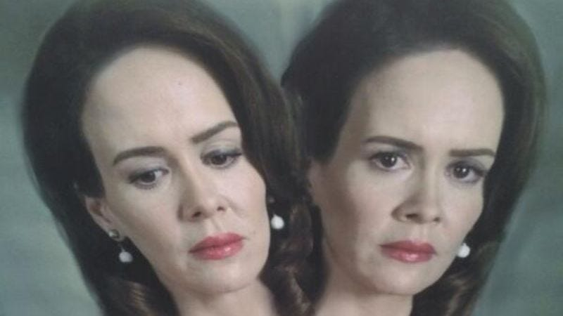 Illustration for article titled You're damn right American Horror Story: Freak Show will have conjoined twins