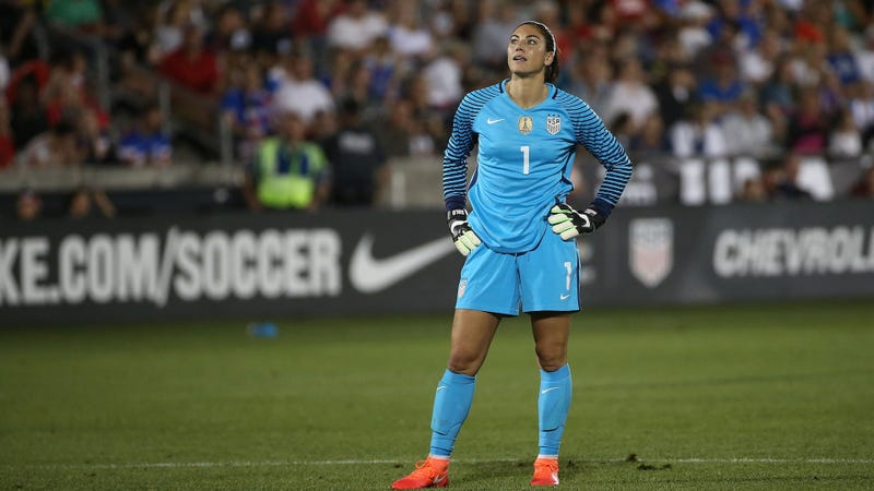 Hope Solo announces she's running for president of US Soccer
