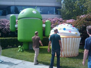 Illustration for article titled T-Mobile Pushing Android 1.5 'Cupcake' Update to Select G1s