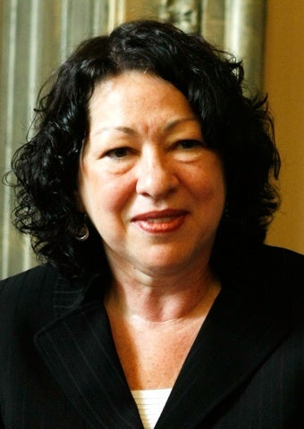Illustration for article titled Sotomayor Formally Resigns From Women's Club Due To Republican Concerns