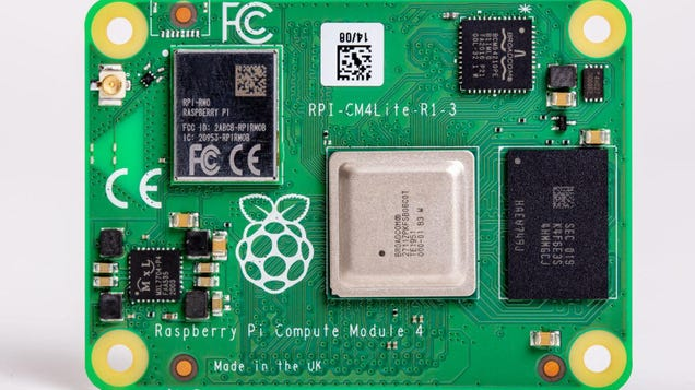 The Raspberry Pi 4 Compute Module Is a Mini Brain for Your DIY Projects