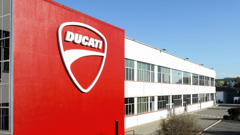 Illustration for article titled VW Might Sell Ducati As Dieselgate Chips Away At Its Brand Empire: Report