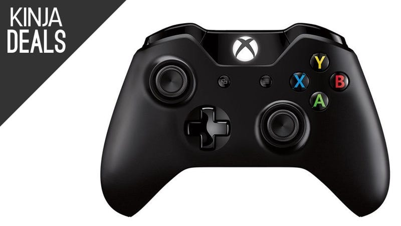 Illustration for article titled Prime Members Can Save on the New Xbox One Controller, Including the Play & Charge Kit