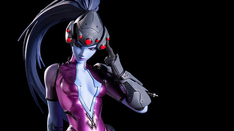 Illustration for article titled Stunning Widowmaker Statue Kicks Off Blizzard's Collectibles Line