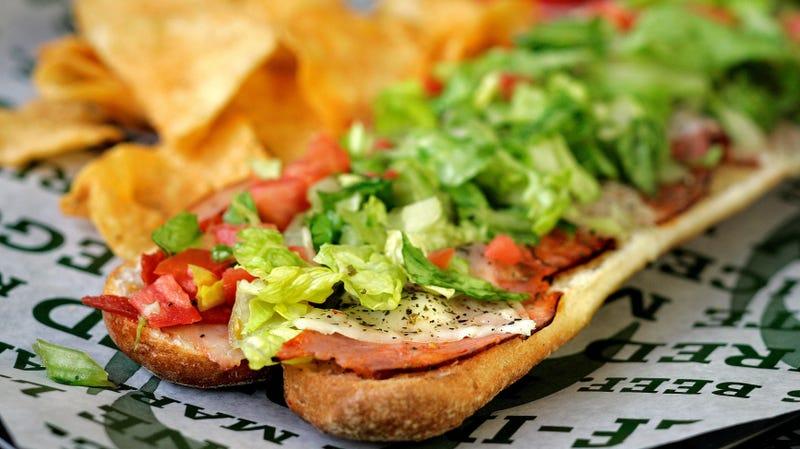 "Stoner sandwich shop founder calls Quizno's, Carl's Jr. ""bandwagon douchebags"""