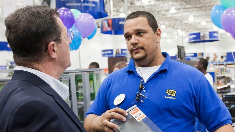 Illustration for article titled Dad Holds Best Buy Salesman's Feet To Fire With Question About HDTV Compatibility