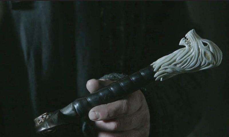 Illustration for article titled El inquietante detalle que te perdiste sobre la espada de Jon Snow en el último episodio de Juego de Tronos
