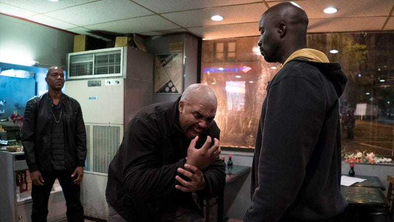 Mike Colter (right) (Photo: Myles Aronowitz/Netflix)