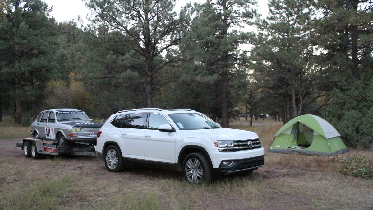 Vw Atlas Towing Capacity >> The 2018 Volkswagen Atlas Towed My Classic Vw Race Car Across The