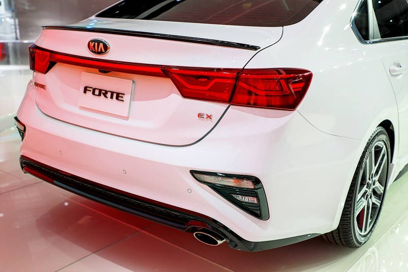 Illustration for article titled Form over Function: 2018 Kia Forte