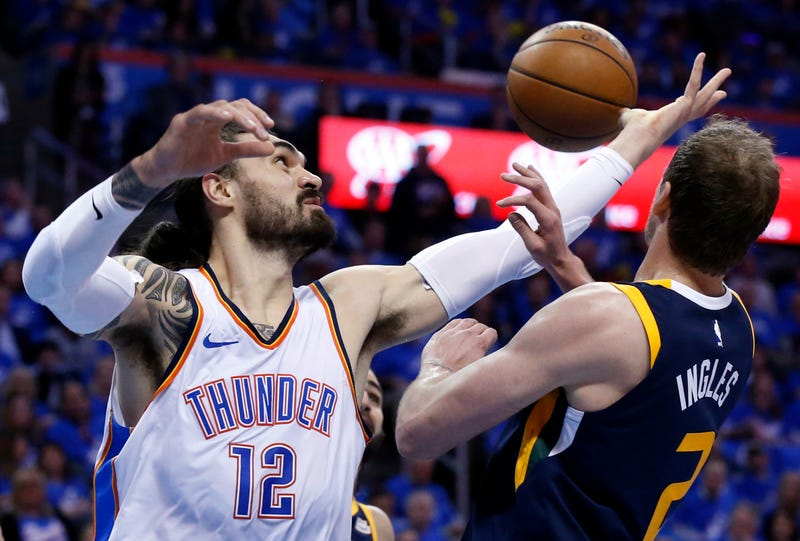 Illustration for article titled The Thunder Are Being Shady About Steven Adams's Possibly Injured Arm