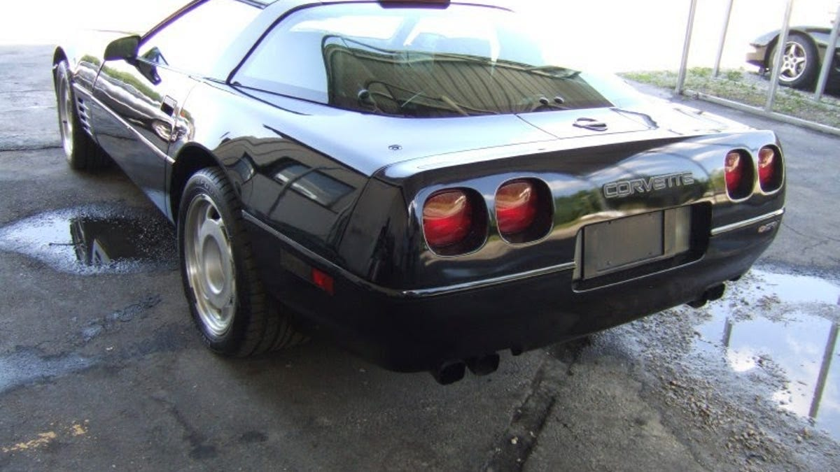 Ultimate C4 Corvette Cage Fight: 1991 ZR-1 Vs 1996 Grand Sport