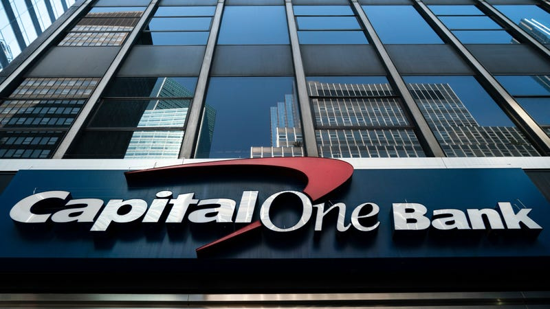 Illustration for article titled Hacker Accused of Capital One Breach Threatened to 'Shoot Up' Social Media Company, Prosecutors Say