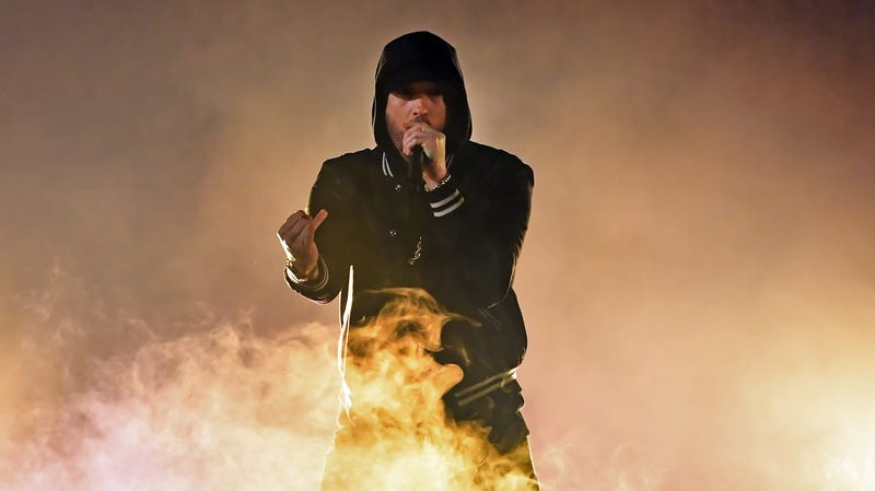 Illustration for article titled Eminem knew he shouldn't have said homophobic slur on new song, still did it anyway