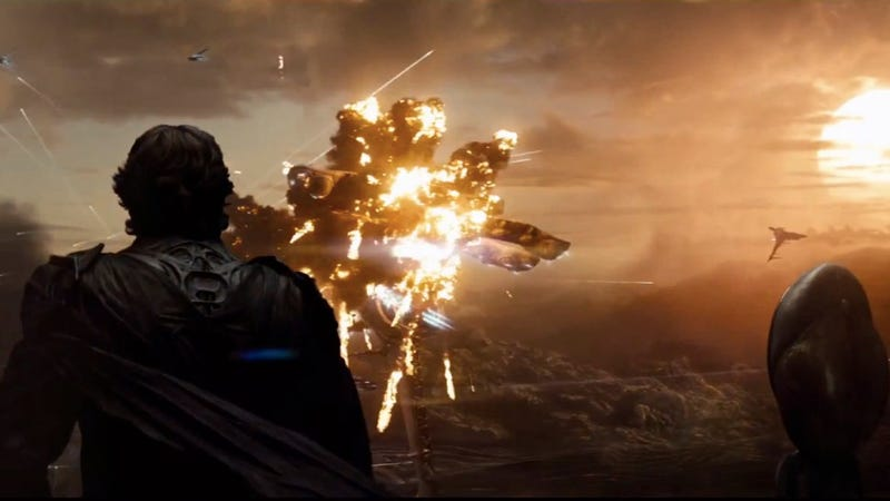 Illustration for article titled Intense screencaps from Man of Steel trailer show the Fall of Krypton