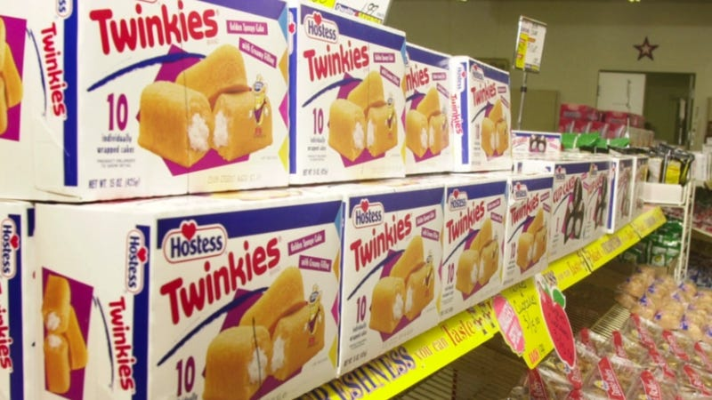Illustration for article titled Twinkies Are Back, and They're Coming for Bros