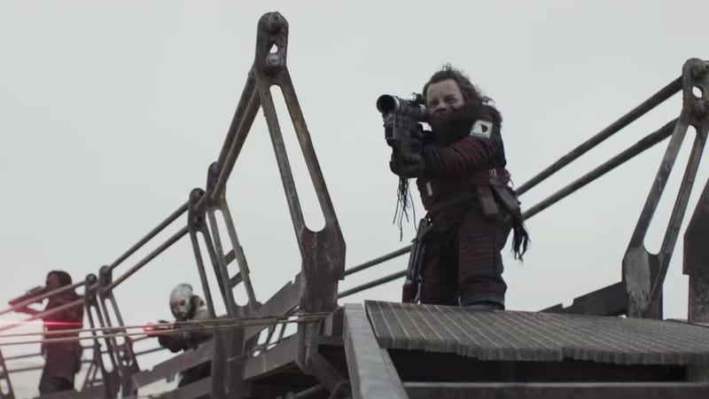 Warwick Davis in Solo, from one of the recent TV spots.