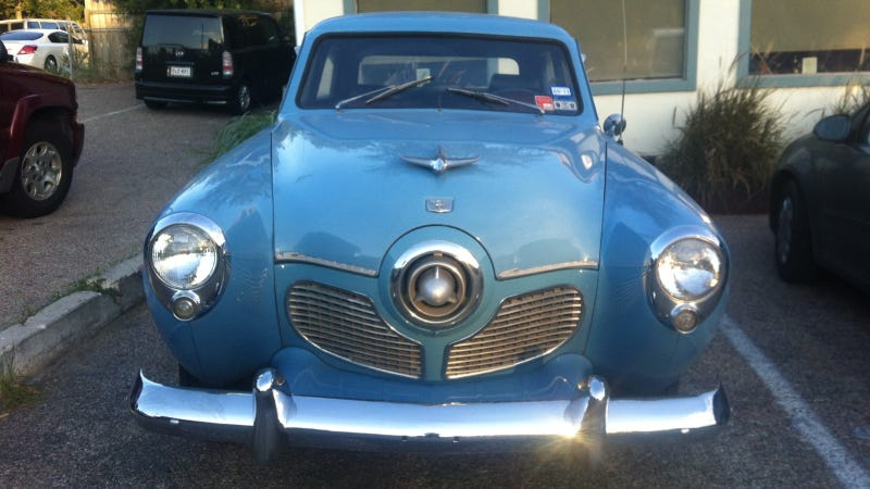 Illustration for article titled This Studebaker Commander Sedan Looks Ready For Takeoff