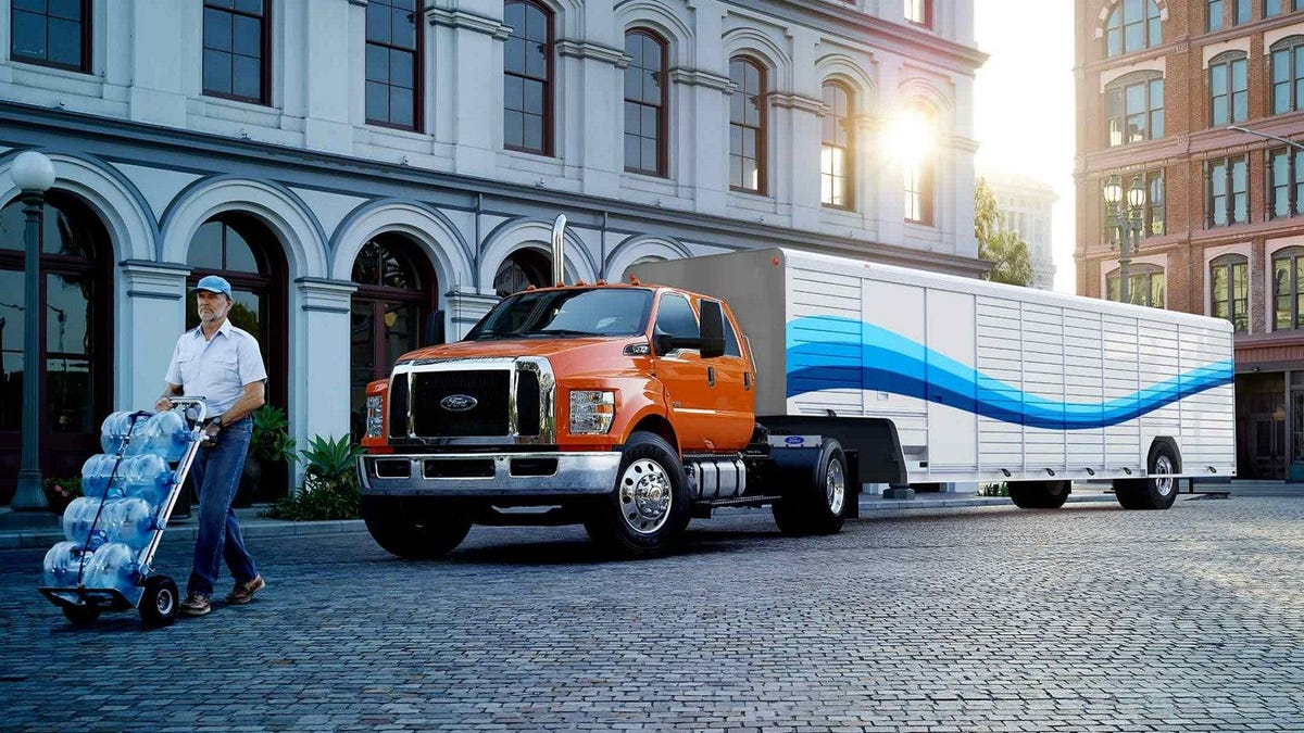 Ford Might Be Getting Rid Of Its Medium Duty Trucks Update Ford