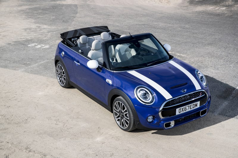 The 2019 Mini Cooper Is So British It Will Set Up Colonies And Has