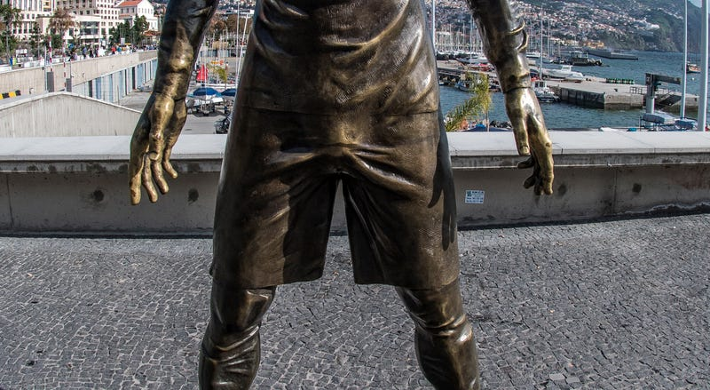 Illustration for article titled Visitors Inadvertently Polish Bulge on Cristiano Ronaldo Sculpture by Touching it A Lot