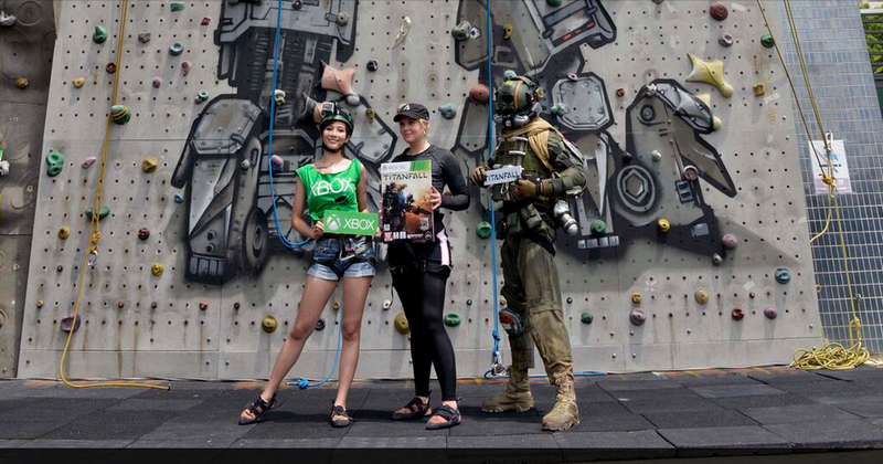 Illustration for article titled Titanfall Climbing Wall In Hong Kong