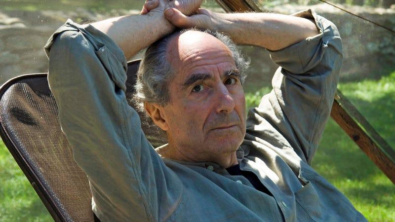 Illustration for article titled Novelist Philip Roth Dead at 85