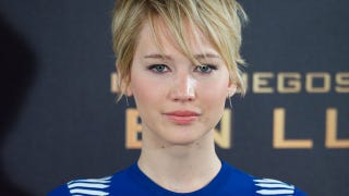 Illustration for article titled Catching Fire Director Says J. Law Would Suck in Actual Hunger Games