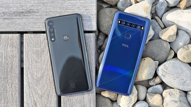 This Is the Best $250 Phone