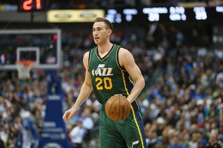 Illustration for article titled When Did Gordon Hayward Turn Into A Doe-Eyed Channing Tatum?