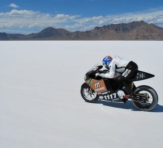 Illustration for article titled Mission One Electric Bike Breaks World Speed Record
