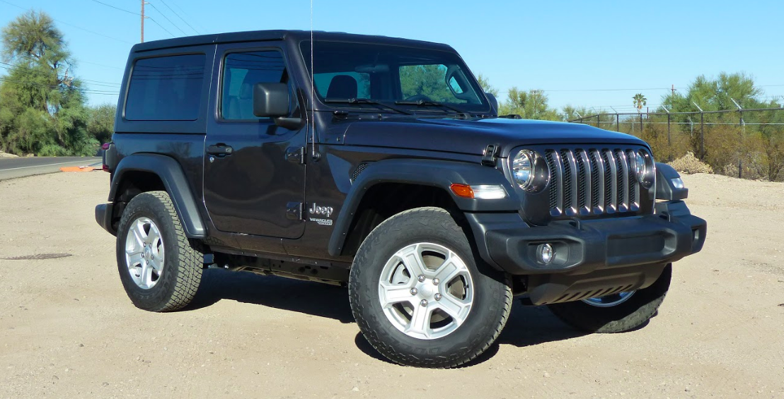 the four cylinder 2018 jeep wrangler\u0027s 24 mpg makes it the first not Slammed Jeep Wrangler illustration for article titled the four cylinder 2018 jeep wrangler\u0026 39;s 24