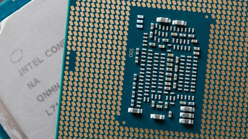 Illustration for article titled Intel perfecciona su octava generación de chips para conseguir portátiles ultra finos y baratos