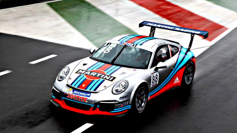 Illustration for article titled Porsche's New Martini Racing Livery Is Perfect